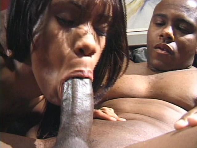 Black Amateur Couple Performs a Hairy