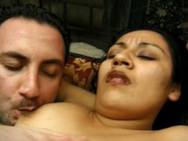 Latin Sperm Thirsty Girl Enjoys Her Hairy